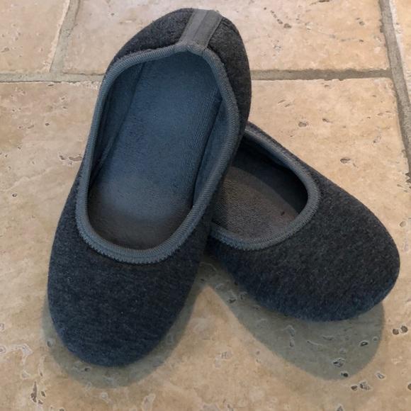 Isotoner grey slippers